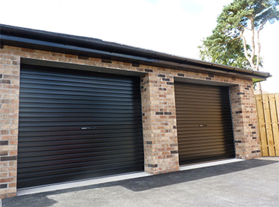 RollOver roller garage door in black