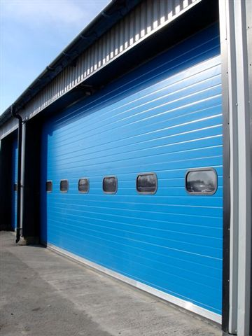 ThermAdor Industrial blue with windows