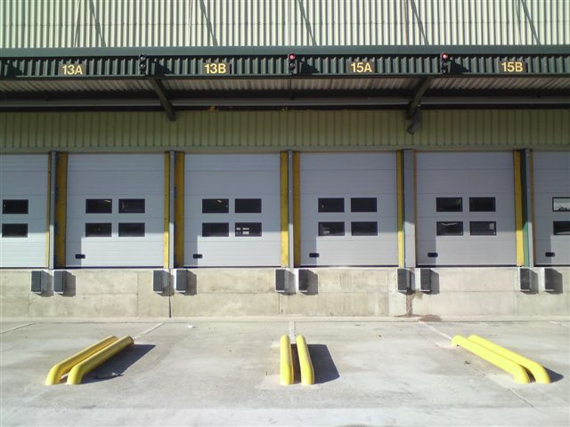 ThermAdor Industrial grey with 4 windows front view